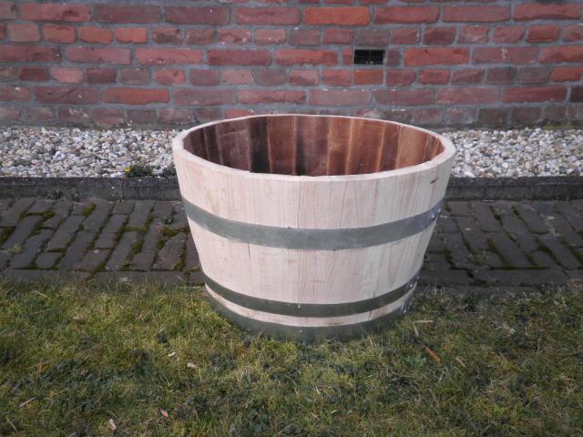 Gerard krale staphorst houten tonnen accessoires engels hekwerk ambachtelijk timmerwerk - Houten timmerwerk ...